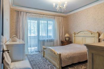 Великолепная квартира в доме на сопке Тигровой
