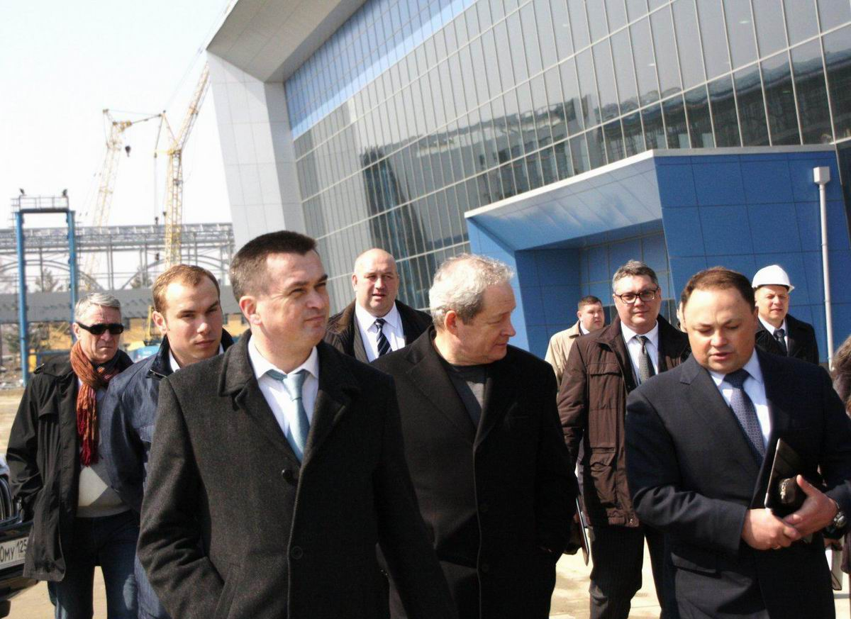 Строительство объектов саммита АТЭС находится под контролем… налоговой службы Приморья