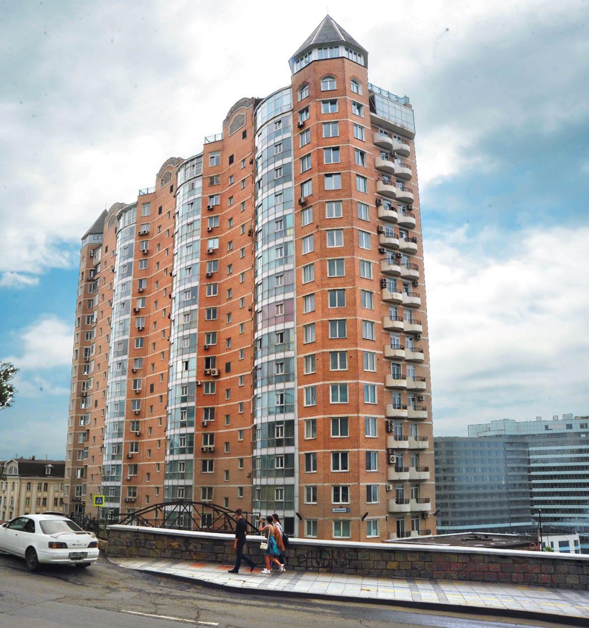 Новый современный жилой комплекс «Адмирал»