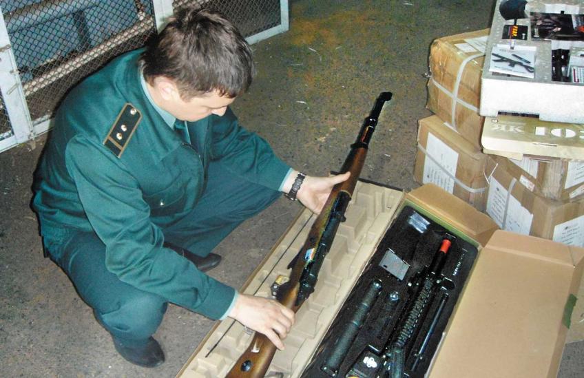 Продукция военного назначения временно декларируются постом фактического контроля